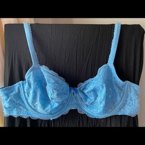 VS blue lace bra